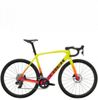 Велосипед Trek Émonda SLR 6 eTap (2022) Radioactive Coral to Yellow Fade